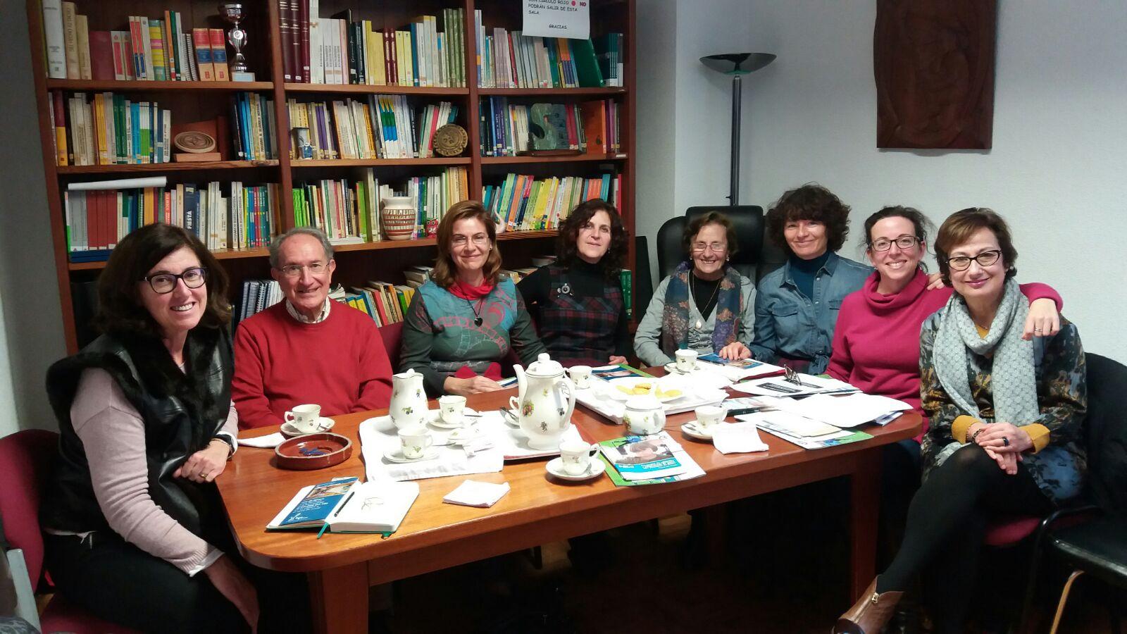 Miembros de la Red el Hueco de mi Vientre en la Fundación Sind de Down de Cantabria (Junto a Jesús F, Mª Victoria T y Elisa U). Febrero 2017